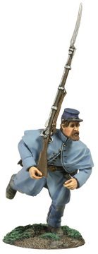 Union Infantry in Overcoat At Right Shoulder Shift #1