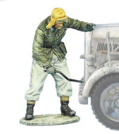 German Driver Crank Starting Opel Blitz - 1/35th Scale