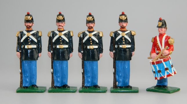 US Civil War Marines in Dress Uniforms - Drummer & 4 Marines at Attention