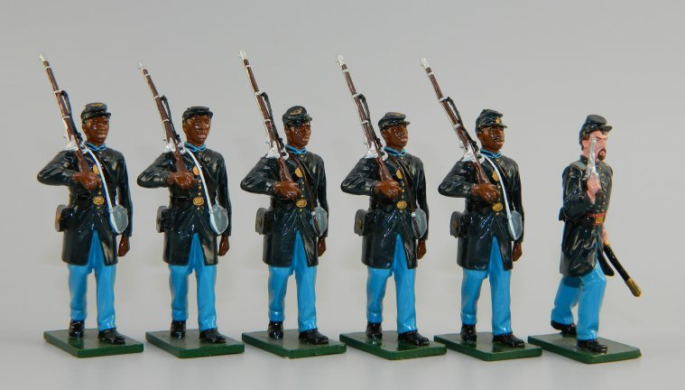 Five 54th Massachusetts Infantry Advancing with Officer