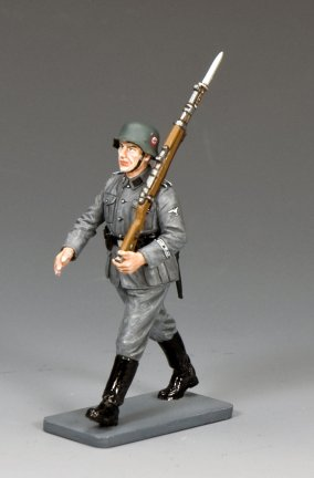 Marching Waffen SS Man w/Rifle